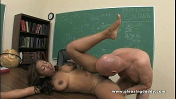 Ebony Slut Kandi kream Fuck Her Old Teacher