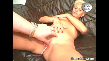 Short haired blonde slut got her pussy