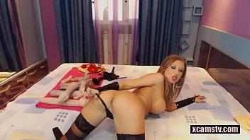 HOT Kinky Slut in Latex Anal Masturbating more on xcamstv.com