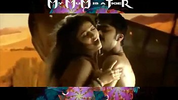 Nayanthara Hot Scenes From Songs video