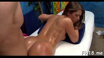 Sinful brunette girl Jenna Leigh chokes on a chili dog