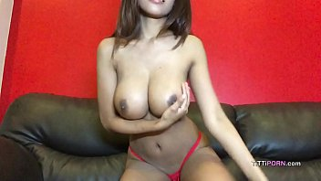 Street cam boobs Perfect big boobs thai girl on cam show