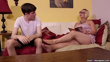 ov40-Sexy milf jerking off a younger man thumbnail