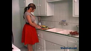 Big Tits Shemale Free Shemale Porn Video 5分钟