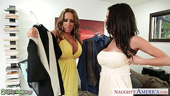 Americas next top model ansul nude - Babes richelle ryan and veronica avluv sharing a big cock