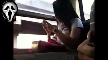 เย็ดตูดนักศึกษาสาวไปเรียนใส่เสื้ออย่างรัดเห็นนมโตๆหมดเลย