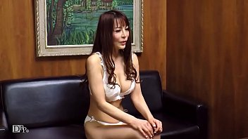 Asian persuasion xxx 主婦を口説く 24 世間知らずな美熟女に生中出し 2
