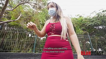 Venezolana cachonda encontrada en un parque es follada fácilmente.... BAANDIDA pillada