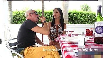 Latin TS Jessi Martinez has some glory hole fun
