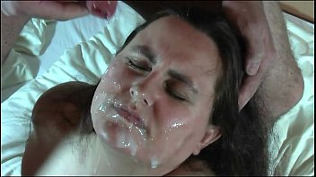 Abuse facial lisa mona - 50 schuß