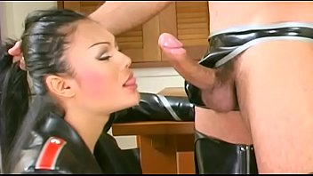 Shemale-Fetish - Leather 2dicks cum anal facial