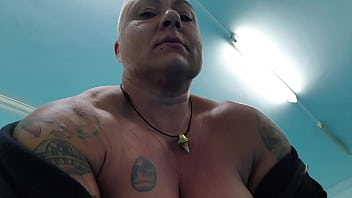 FBB Massive Muscles Natural Huge Boobs