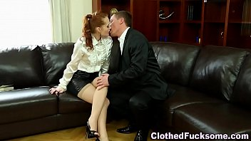 Sexy glam whore spunked 7分钟