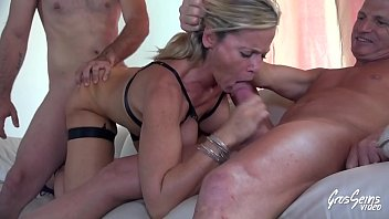 Sabrina, threesome fuck with her husband and a youngster