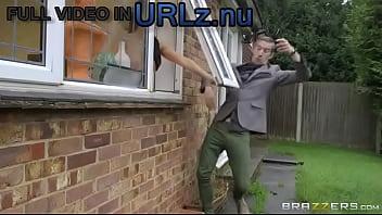 Brazzers HD - Peeping The Pornstar - Aletta Ocean &amp_ Danny D (2016)