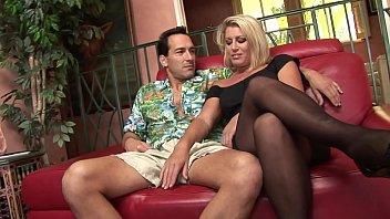MILF slut in sexy lingerie suc