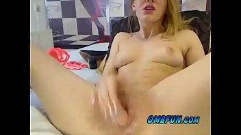Hot Milf Puts on Fuck Show When You Control Her OMBFUN Vibe