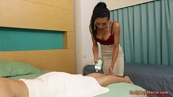 Ladyboy Masseur Vicky Seduces Her Customer