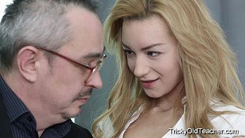 Tricky Old Teacher – Hot blonde babe fucks her teacher