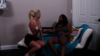 Love knows no boundaries Interracial Sensual Hot Lesbian Sex at first sight