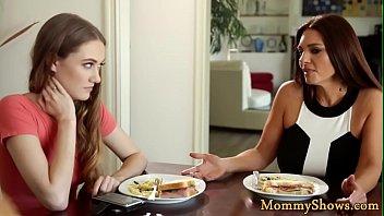 Stepdaughter queening her bigtit stepmom
