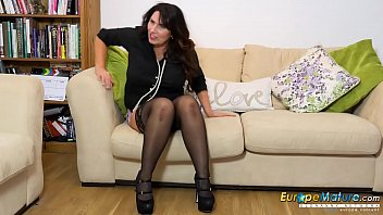 EuropeMaturE Horny Workday in the Office End Well 8 min