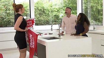 Ebony Agent Ms London Gets Fucked By Her Married Boss 8 min