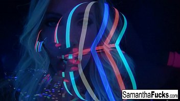 Samantha Saint gets off in this super hot black light solo!