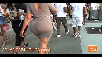FAT JUICY BUBBLE BUTT TURNS HEADS  !!!!!  WOW  !!!!