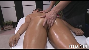 Hawt and horny 18 year old doxy 5分钟