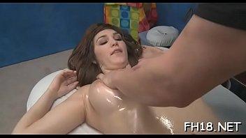 Massage room seduction 5分钟
