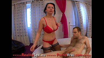 French girl gros seins fortes excitations sexuelle !