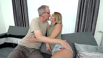 Fuck my best friend's dad - Lara West, Michael 6分钟
