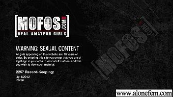 Freak Girl Masturbate With All Kind Of Things movie-26 porno izle