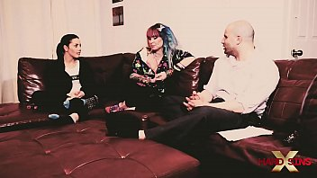 Interview with Vandal Vyxen and Shana Lane shorts