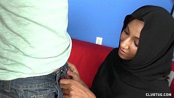 Muslim Handjob 4 min