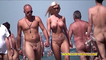 Big Boobs Nudist Amateurs Voyeur Beach Compilation Video 7分钟