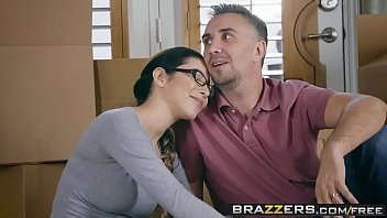 Brazzers - Real Wife Stories -  Welcum Wagon scene starring Raven Bay and Keiran Lee thumbnail