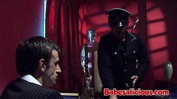 Huge Orgy in a Stripclub 27 min