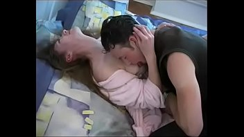 Young boy wakes up a mature woman who is not his m. - incesto365 21 min
