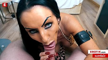 Sidney Dark shows random user Max her sexy secret! (English) WHOLE SCENE → sidney.erotik.com FREE