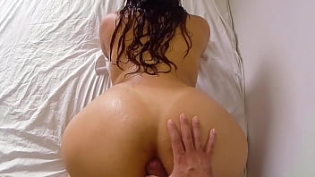Big Ass Milf Taken A Shower And Fucking