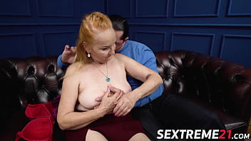 Ginger mature vixen banged and fed with warm cum's Thumb