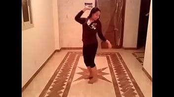 زينب شرموطة امبابة رقص و هيجان 2 preview image