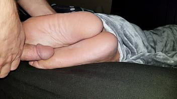 Cumming on wife's feet #42 3 min