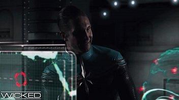Wicked - Captain Marvel Fucked By 2 Skrulls thumbnail