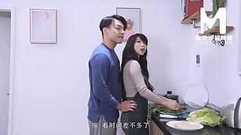 【国产】麻豆传媒作品/MD-0128 3P火锅 001/免费观看