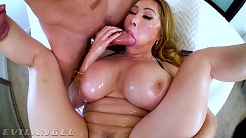 EvilAngel - Stacked Asian MILF Kianna Dior's Messy Threesome