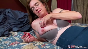 USAWIVES Compilation Of Mature Queens of Seduction