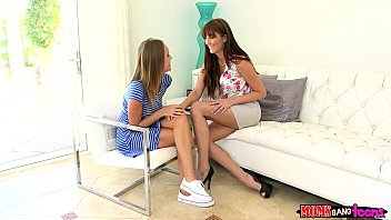 Moms Bang Teen  - Milf gives couple some sex therapy porno izle